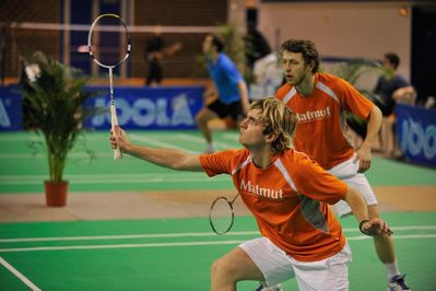 http://www.mdmsabadminton.com/gallery/albums/top12/28012012/normal_t12ic2801-282529.jpg