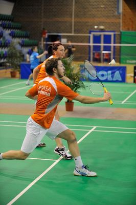 http://www.mdmsabadminton.com/gallery/albums/top12/28012012/normal_t12ic2801-285429.jpg